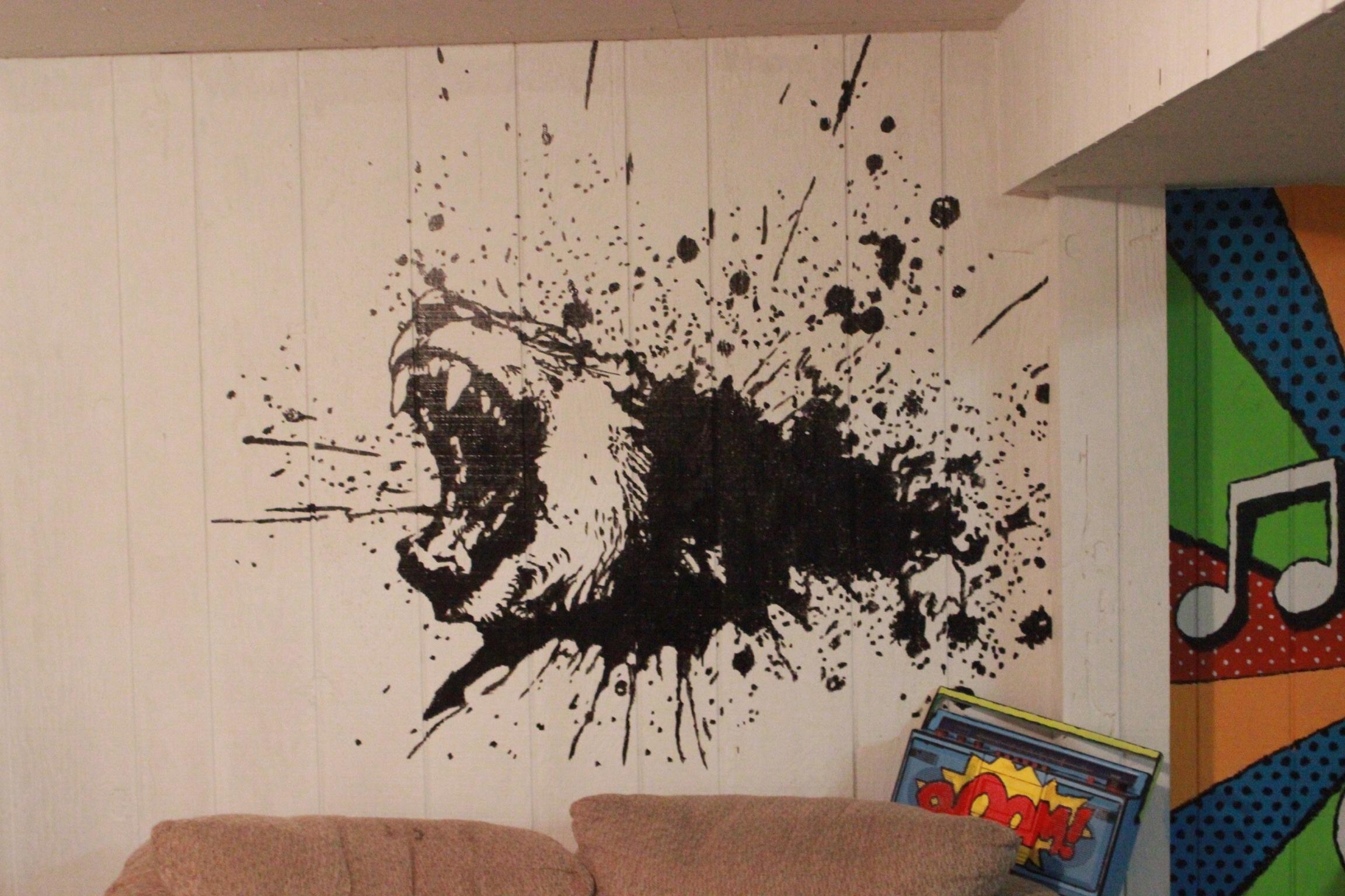 разрисовка стен трафаретными рисунками и узорами