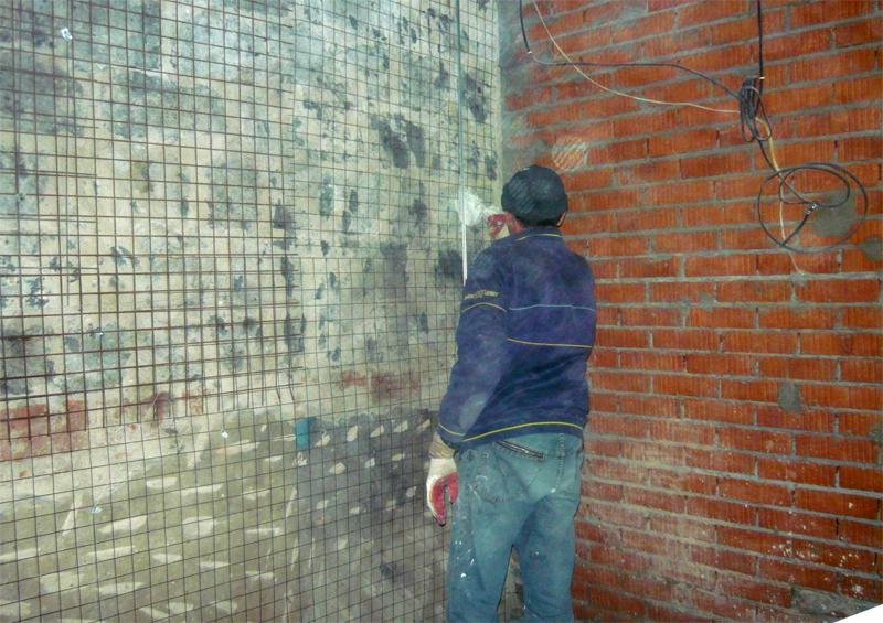 что лучше на стены гипсокартон или штукатурка