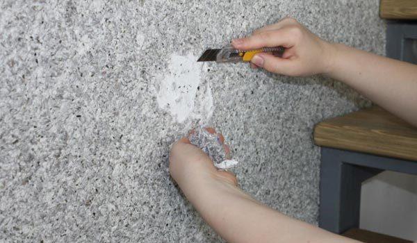 Удаление жидких обоев со стен: чем можно удалить, какие средства использовать и как долго убирают обои своими руками?
