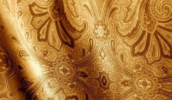 Отделка стен своими руками шелковыми обоями: варианты комбинирования с рогожкой или однотонные цветовые композиции в интерьере