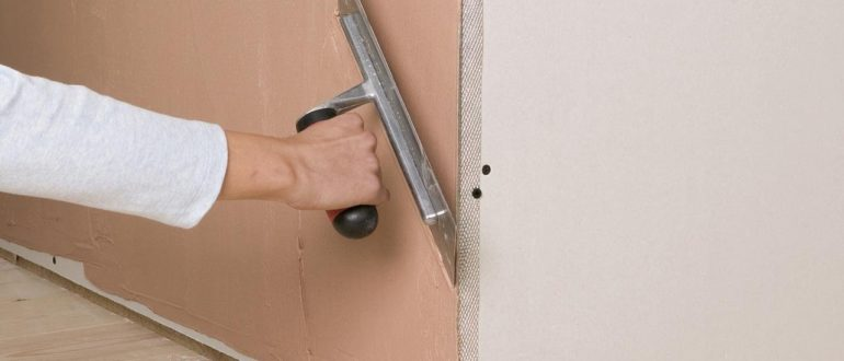 как выровнять угол стены