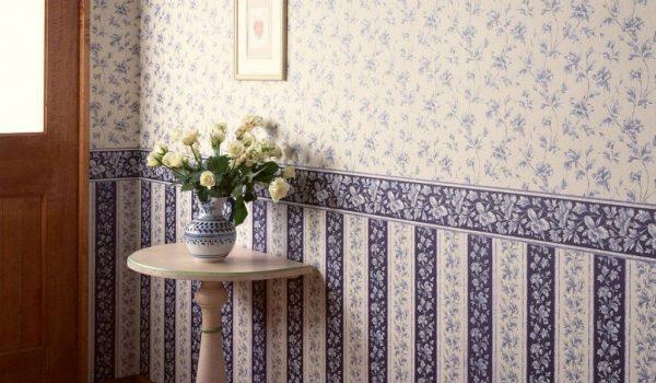 Как используются в интерьере бордюры обои для стен: область применения, варианты декора для кухни и спальни, монтаж