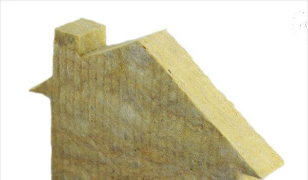 Процесс утепления стен внутри или снаружи минватой: где можно или нет проводить утепление, как это сделать?