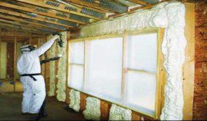 Монтажная жидкая пена для утепления стен