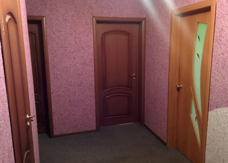 Нюансы выбора обоев для коридора и прихожей