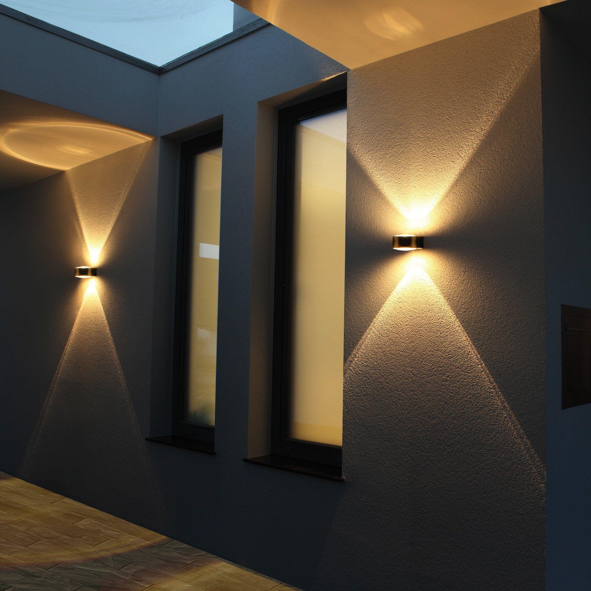 Удачное применение темных обоев в интерьере — красивые решения