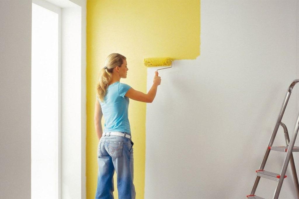 Как выбирать краску для обоев — обзор возможных решений
